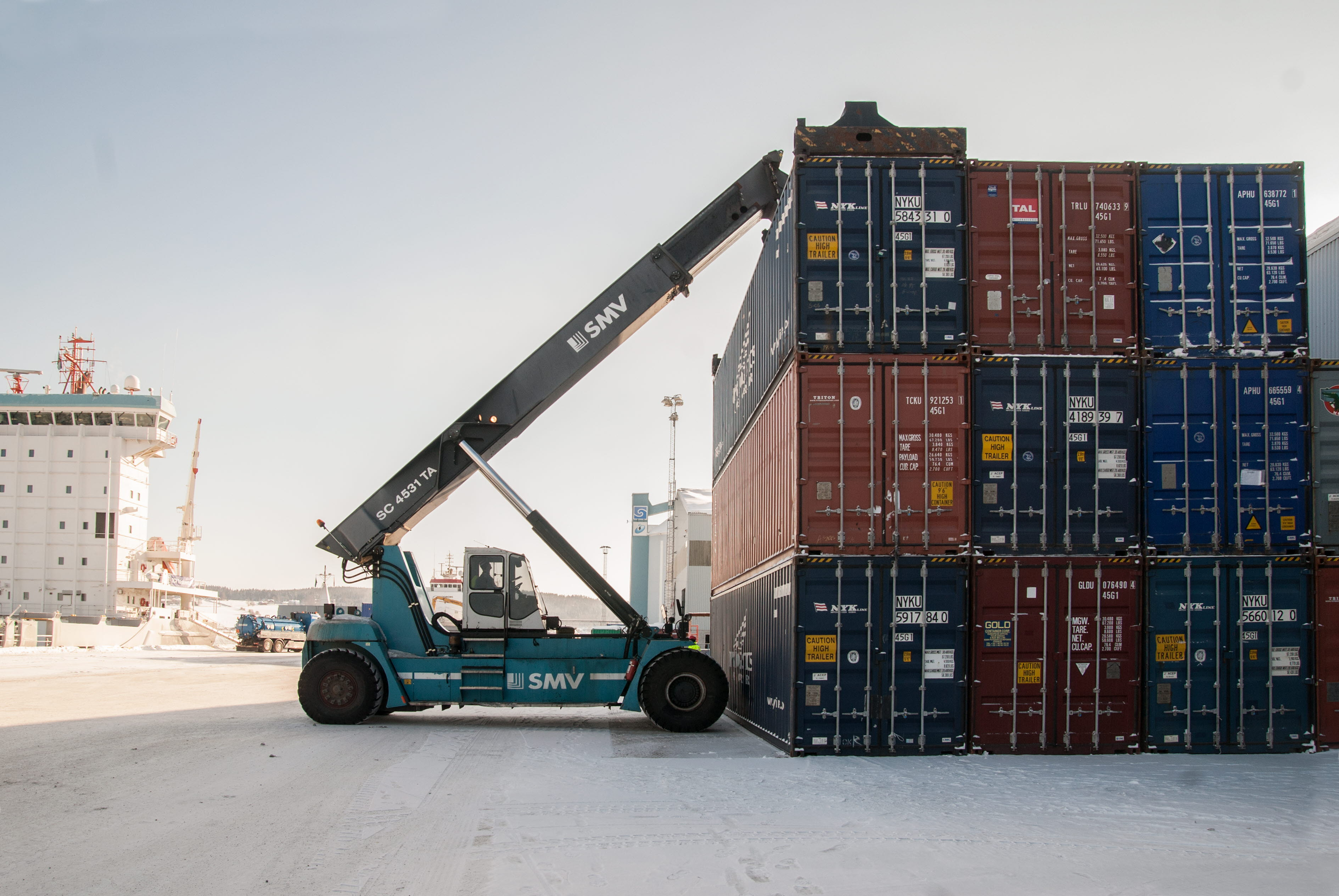Container lift at Terminal Sundsvall.